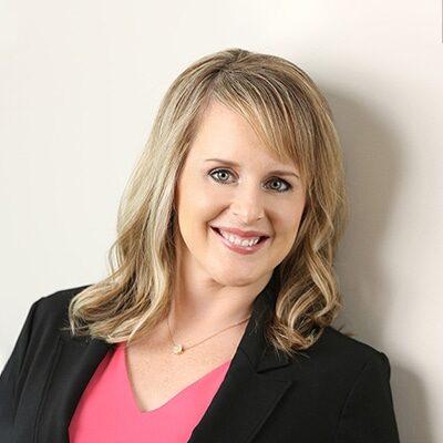 Chiropractor Bloomington MN Cassie McGuire